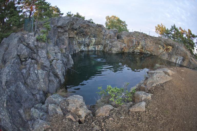 Guidning: Fångö gruvor och Fångö by